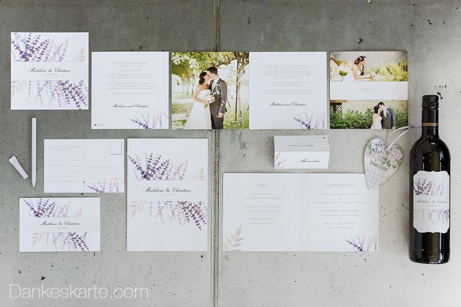 Blumiges Design mit Lavendel für die Sommerhochzeit
