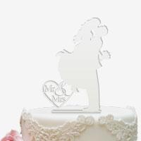 Cake Topper für die Hochzeitstorte in Weiss