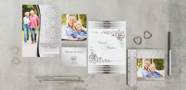 Exklusive Einladungen zur silbernen Hochzeit, die Ihre Familie zum Staunen bringen werden