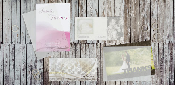 Veredeln Sie Ihre Hochzeitseinladung oder Dankeskarte mit individuell bedruckten transparenten Hüllen